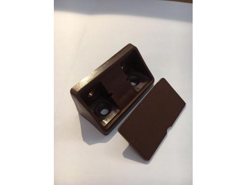 Connecteurs de meubles marron